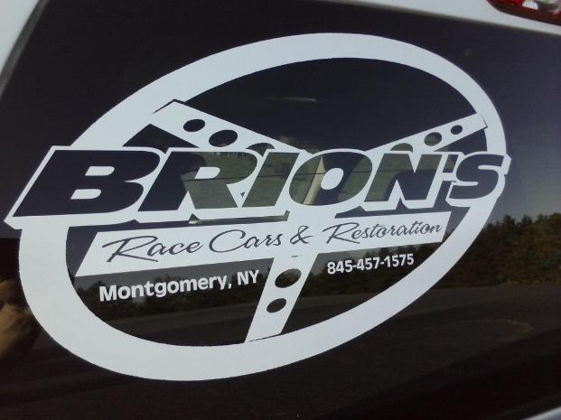 Brion's garage Logo